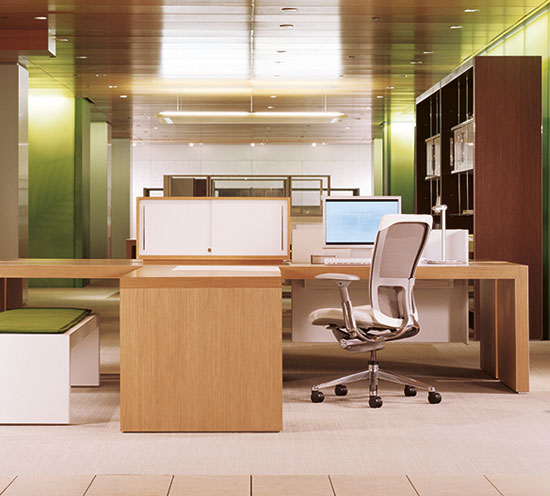 Haworth Patterns Desks Refinement to the Workspace
