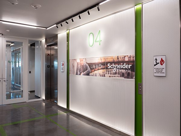 Schneider Electric BOS Showcase